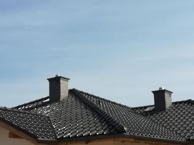 pokryty czarny dach 19